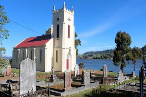 St_Matthius_at_Windermere-Tasmania